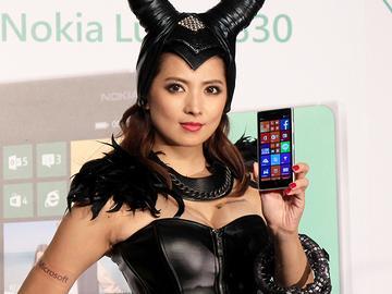 NOKIA Lumia 830末代智慧機登台 售12900