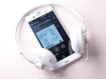 無線、有線雙選擇!Sony SBH60藍牙耳機 搭配Z3手機也有型