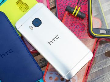 透明DotView與防水耳機!HTC One M9多款新配件搶先看