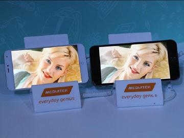 與iPhone6、高通810比拚!聯發科高階晶片Helio X10技術展示